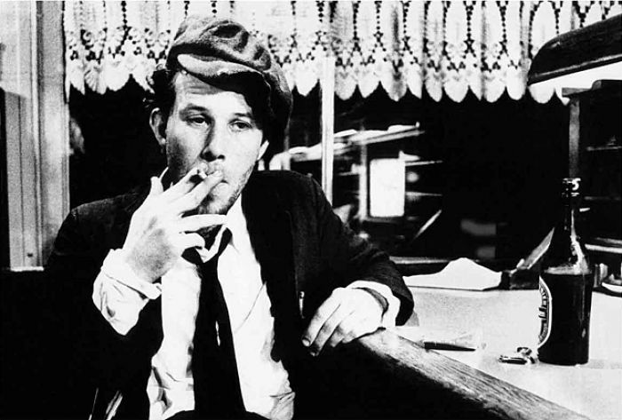 TOM WAITS - Glas boje burbona
