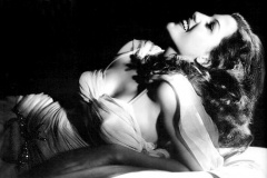 Rita Hejvort - Đilda uvek pleše sama