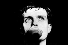 Ian Curtis (Joy Division) - Dok nas ljubav ne rastavi